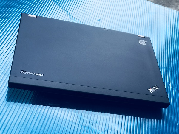 Lenovo Thinkpad X230 Core i5 Ram 4GB HDD 320gb 12 inch xách tay giá rẻ nguyên zin 100)%